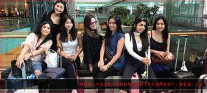 Gaya Busana Girl Squad yang Bisa Kamu Tiru Bersama Gengmu