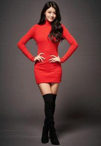 Gaya Fashion Style Ala Seolhyun 'AOA' Cocok untuk Ke Kampus