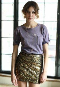 Memadukan T-shirt Band Fashion Ala Artis Hollywood