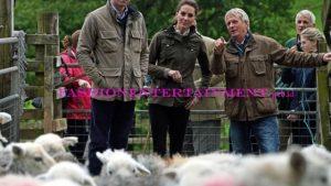 Kate Middleton Cukur Bulu Domba Pakai Jaket 275 pound